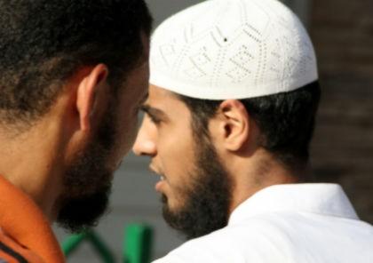 Salafisten ronselen klaarblijkelijk. Dus?